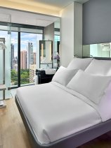 YOTEL Singapore Premium Queen View