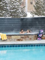 YOTELPAD Park City - jacuzzi and pool