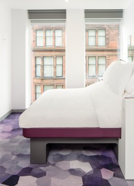 YOTEL Glasgow Queen cabin