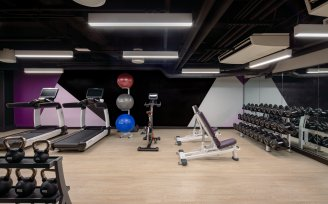YOTEL San Francisco gym and fitness equipment