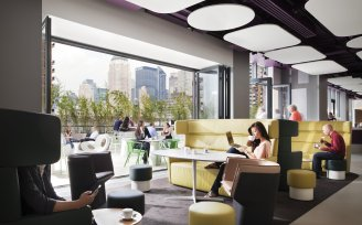 YOTEL New York Komyuniti ground floor