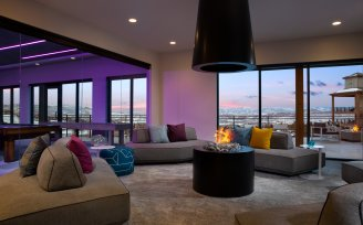YOTELPAD Park City - Lounge and Fireplace