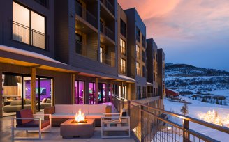YOTELPAD Park City - Deck and exterior